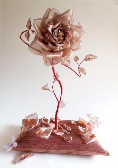 02 rose decor stand lcd isabelle leourier m o 2018